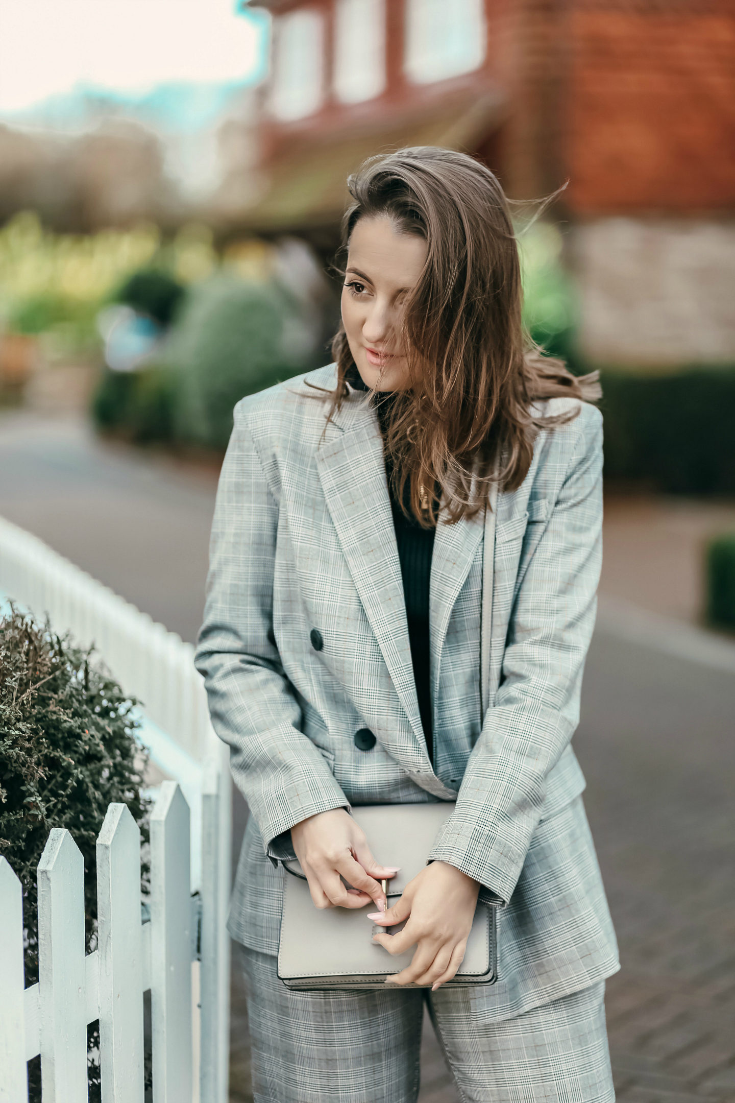 How to wear a suit outside the office hours - Launeden