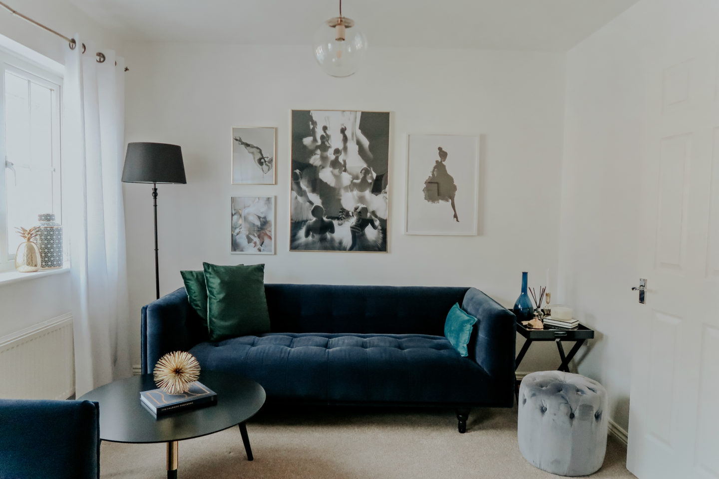 How we decorated our living room (without spending a fortune)